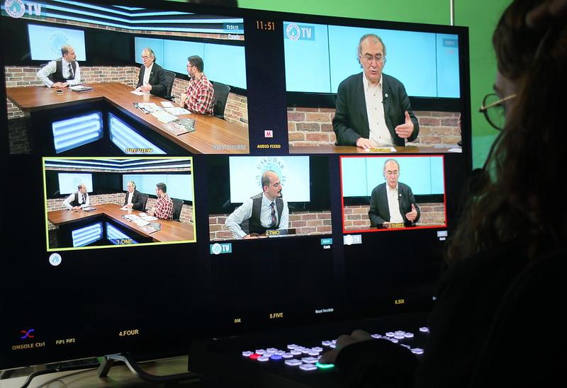 Üsküdar Üniversitesi Televizyonu'ndan ilk canlı yayın 3