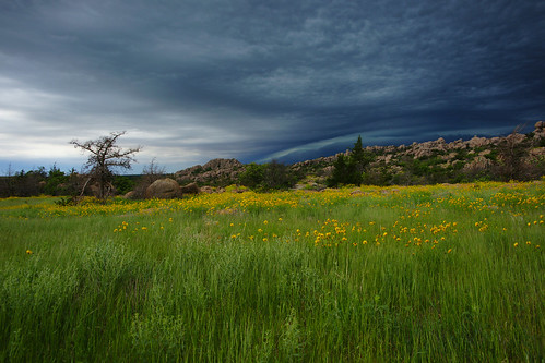 storm oklahoma nature clouds rocks wichitamountains prairie thunderstorms wichitamountainswildlifereserve