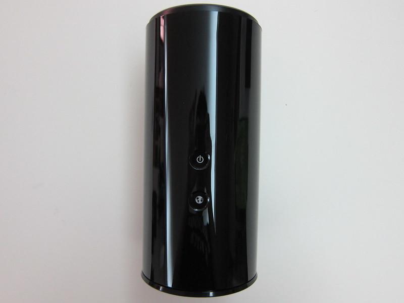 D-Link DIR-868L - Front View