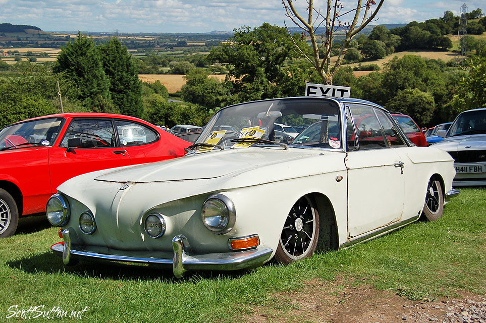 Karmann Ghia in the retro rides gathering 2013