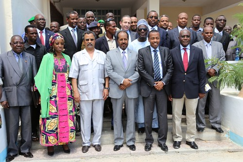 Somalia Federal Government president with African Union delegation on October 25, 2013. by Pan-African News Wire File Photos