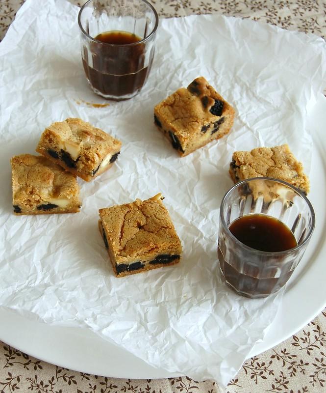 Cookies and cream blondies / Blondies cookies and cream