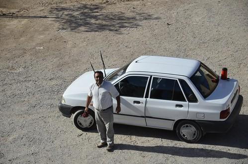 Hussein y su coche