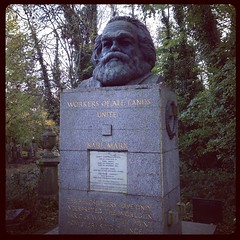 #KarlMarx's grave at #HighgateCemetery #London #Marx #Marxism