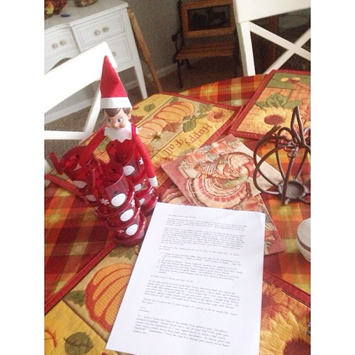 Snowball is back! With a long letter and some fun cups! #elfontheshelf #snowballtheelf #bostineloschristmas2013