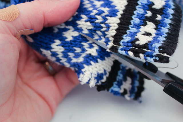 Crochet Reinforcing, Cutting Knitting, Steeking, Colorwork, Stranded Knitting
