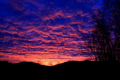 Ce matin au lever du Soleil by montestier