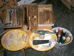 B 10.2 Pinsel-Objekte: Painting with wood-brush - Beklopfte Zweigenden