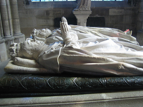 IMG_8430 _ Tombs of Henry II of France and his wife Catherine de' Medici, Basilique de Saint-Denis, Paris, France, 2008