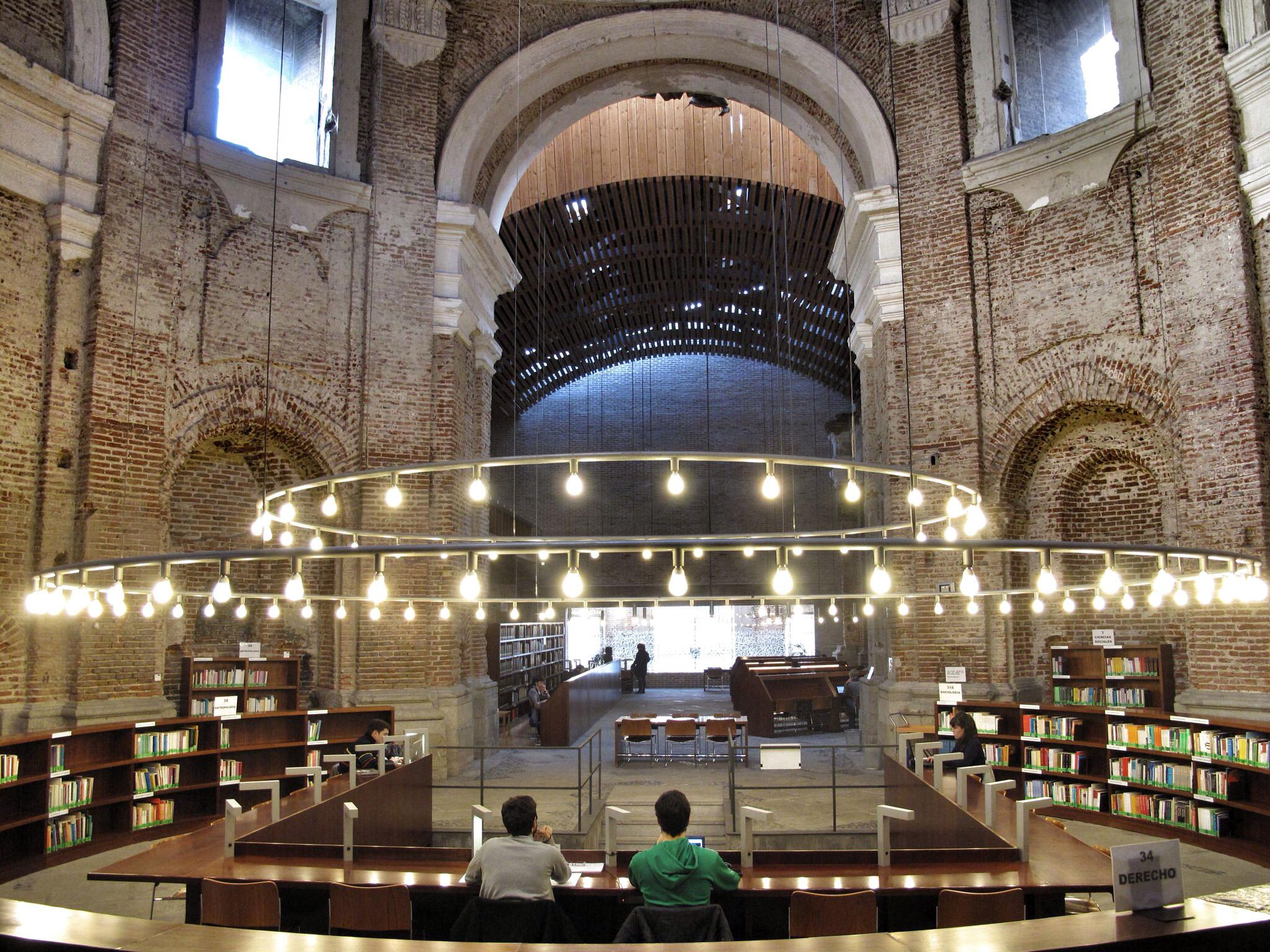 Escuelas p as de lavapi s intervenci n patrimonial ejemplar for Biblioteca uned