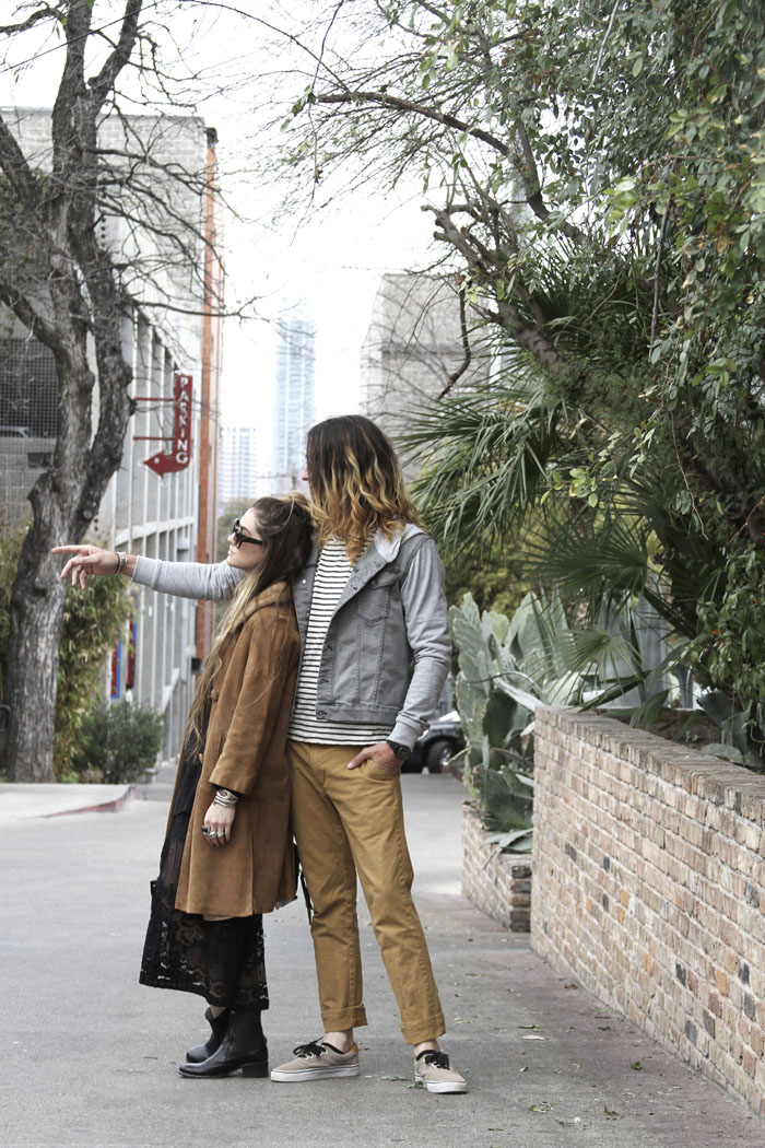 fashionable-couples-in-austin-sxsw-free-people