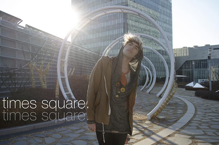 Times Square Seoul title