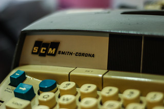 Smith-Corona 250 Office Typewriter