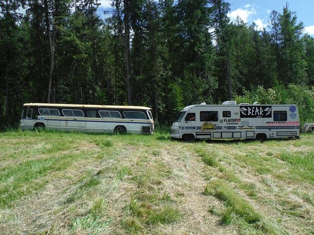 73 bus