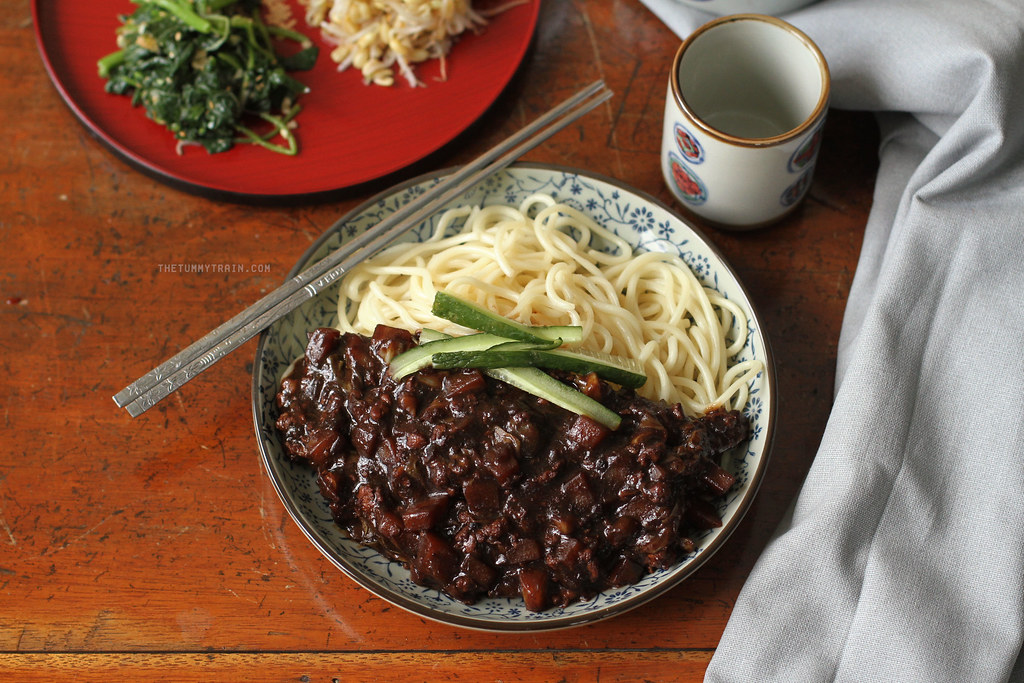 19588011569 b12d09a9b8 b - Two ways to go crazy for Jjajangmyeon 짜장면