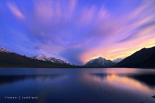 sunset cloud mountain mountains peak karakoram peaks himalaya highaltitude gilgit baltistan 8000m 7000m northranarea rizwansaddique shandurlake3719m