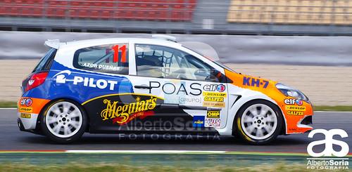 Azor Dueñas en la Clio Cup en el Circuit de Catalunya