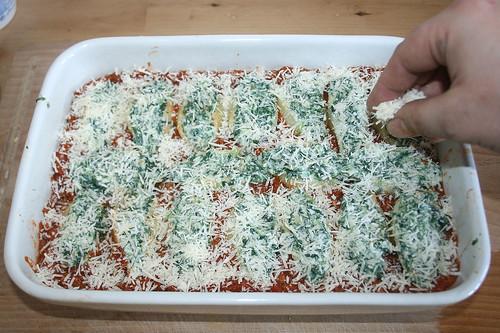 53 - Mit Parmesan bestreuen / Dredge with parmesan
