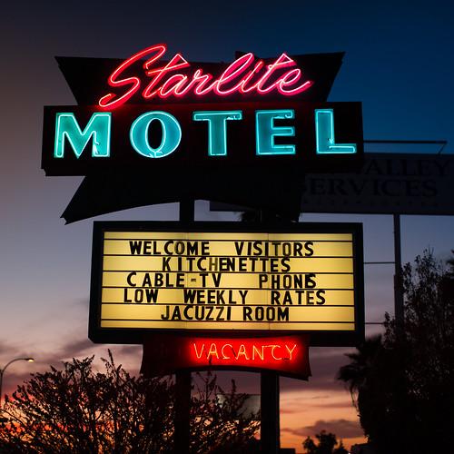 sunset arizona usa neon unitedstates unitedstatesofamerica motel mesa fav10 fav25 starlitemotel