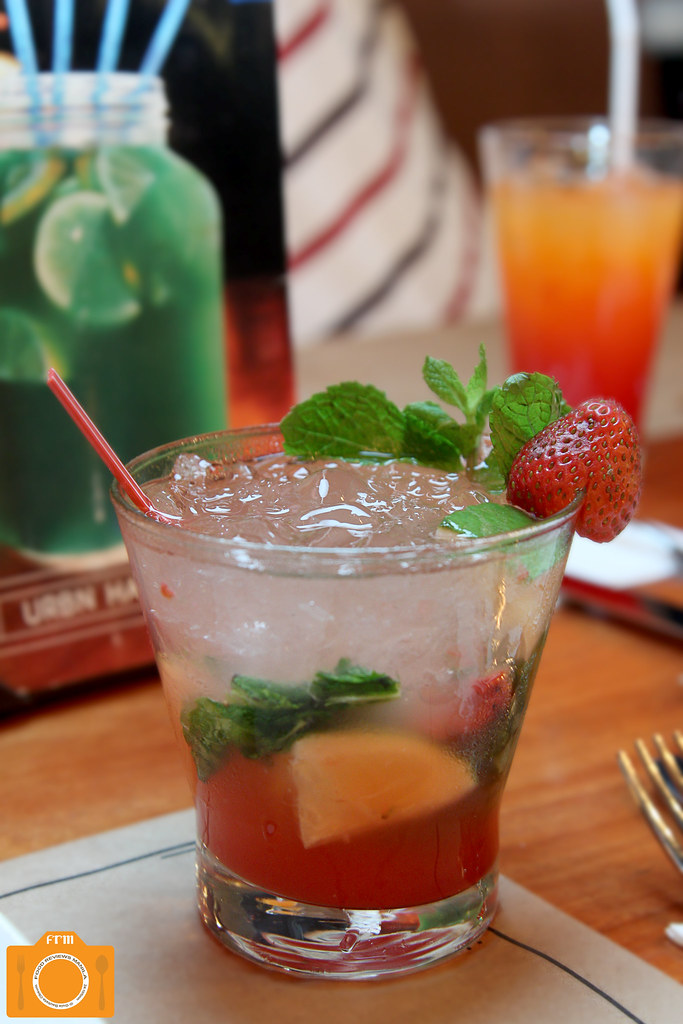 Urbn Bar Strawberry Mojito