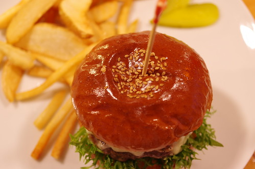 Mushroom Cheese Burger @TIN'z BURGER MARKET 10 PENTAX K-3