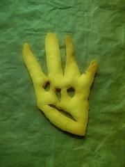 kinlegoK, the Thumbless-Hand-Face a la Kiki Kogelnik - Collaboration Lotti and me