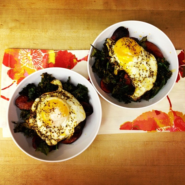 New Fave Brekkie: Roasted Kale, Spicy Sausage + A Fried Egg!