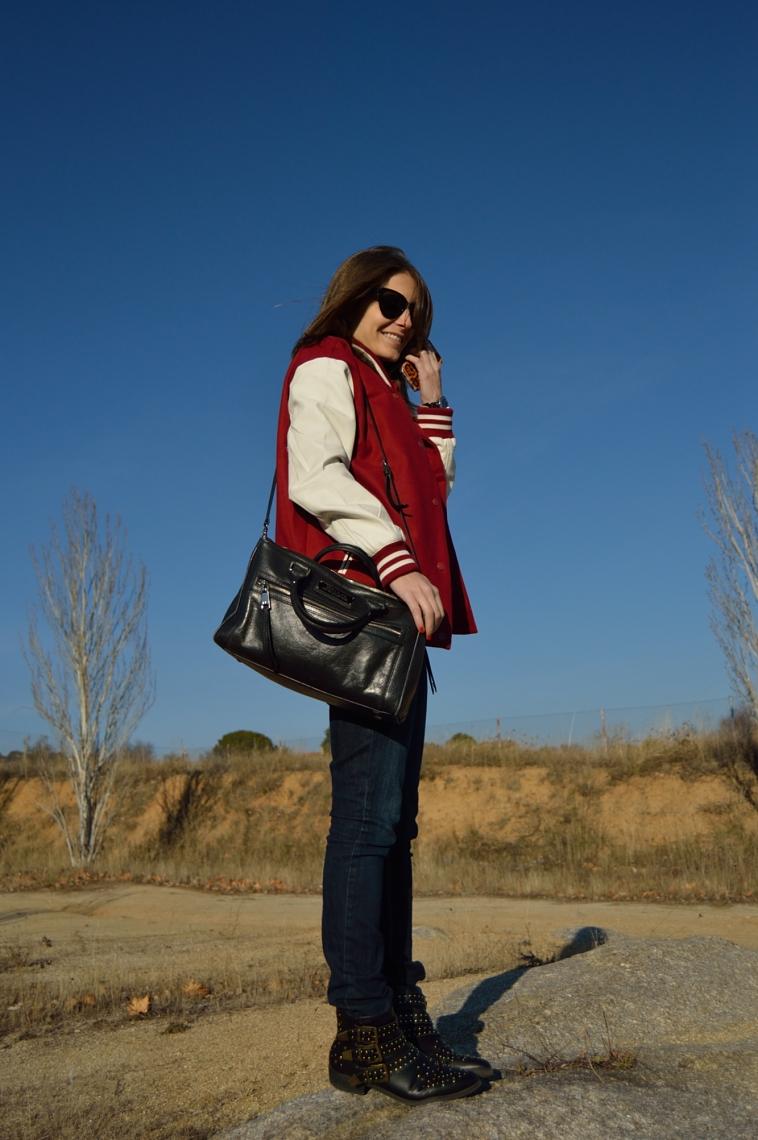 lara-vazquez-madlula-black-bag-burgundy-bomber-jeans-booties