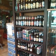 En @alkoholdepot en Santiago ubicando las birras nuevas #xmasbeertour