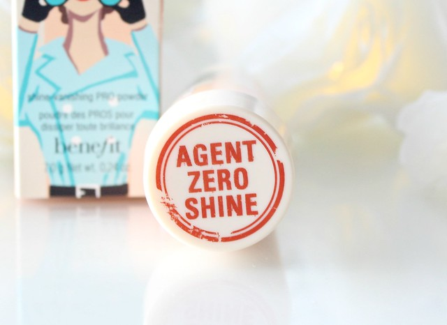 Benefit Porefessional Shine-vanishing PRO Powder Review 6