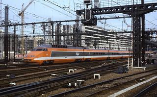 02.08.85  Paris-Gare-de-Lyon  TGV 53