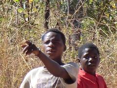 Zambia. Aldea entre Kasama y Mporokoso. Este se enfadó por 'no sé qué'