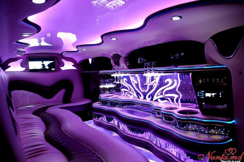 Închirierea limuzinelor Prestigelimo Moldova, Chişinău de la 45 euro/ora > Foto din galeria `Chrysler 300c :Anul fabricarii 2009`