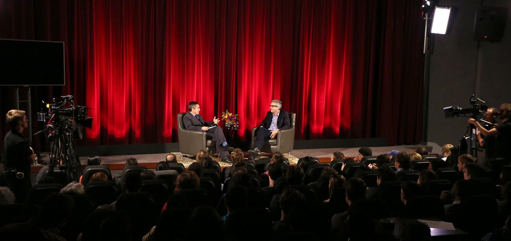Stephen Galloway interviews Alfonso Cuarón in front of a student audience.