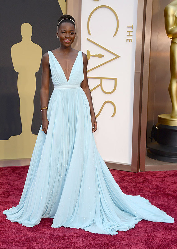 Lupita Nyong'o Oscars Oscar Winner 2014 makeup make up beauty actress supporting best Nigeria African woman women 12 years of slave