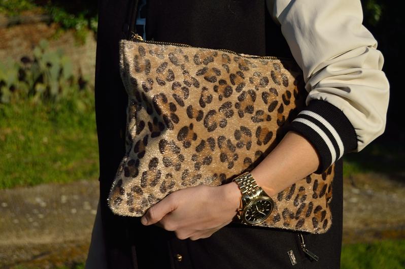 lara-vazquez-madlula-blog-details-leopard-bag