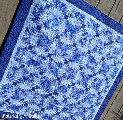 Blue Pineapples quilting