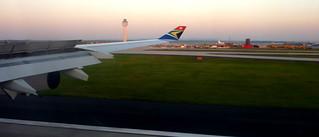 South African Airways A340-300 - ZS-SXE