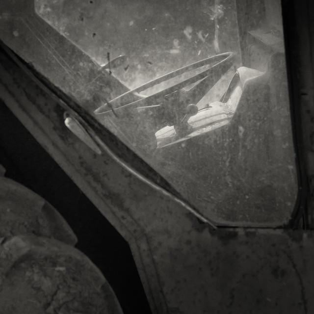 Steering wheel of a tractor - Sindles Farm
