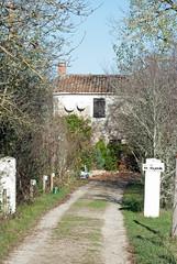 Domain La Poujade, Caylus - Photo of Vailhourles