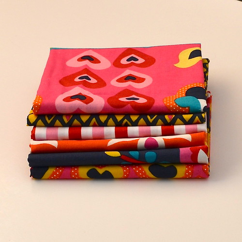 Prints Charming warm fat quarter bundle