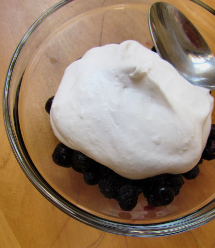 Blueberries Coconut Whipped Cream