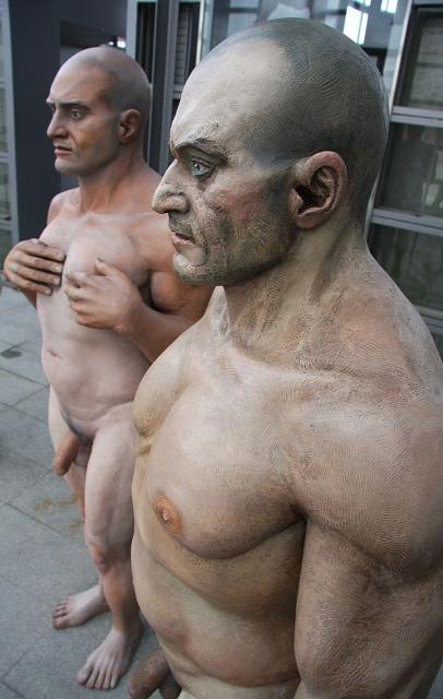Esculturas de Ramón Conde. Torre Hejduk. Cidade da Cultura