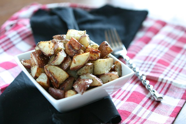 Oven Roasted Potatoes | The Hungry Housewife