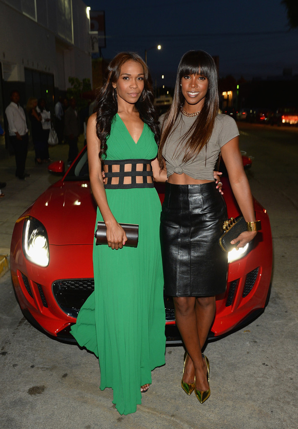 Michelle-Williams-Brooklynn-and-co-green-pleated-dress