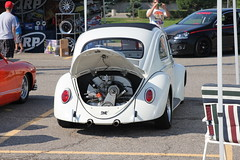 automobile, volkswagen beetle, wheel, vehicle, automotive design, volkswagen new beetle, city car, volkswagen type 14a, antique car, vintage car, land vehicle, motor vehicle,