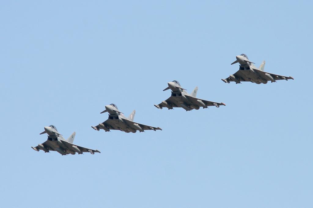 الموسوعه الفوغترافيه لصور القوات الجويه الملكيه السعوديه ( rsaf ) - صفحة 3 9702742674_eb14e23c1b_o