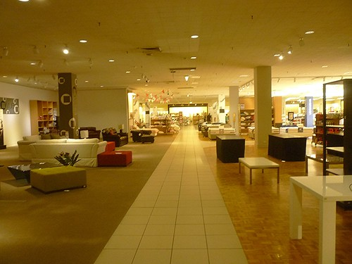 Myer Dandenong - Closing Down Sale