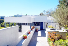 Lovell Health House, R. Neutra 1929