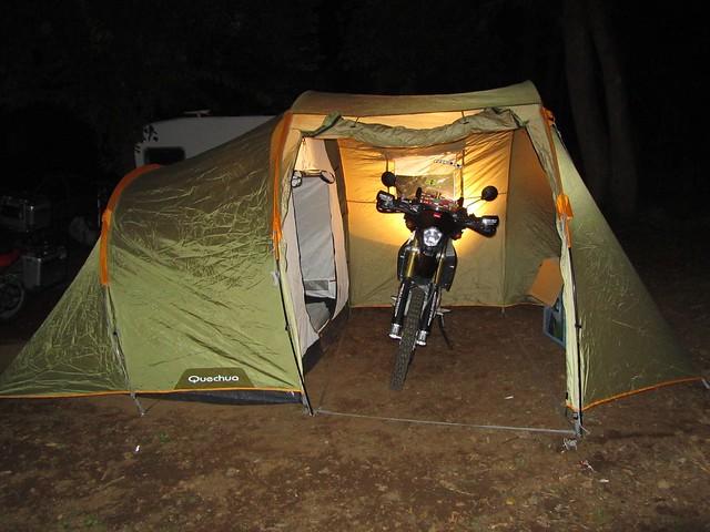 durmiendo en camping Olot